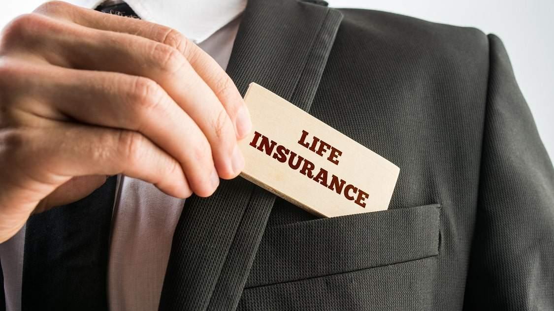 Giá như có bảo hiểm nhân thọ thì chị đâu đến nỗi phải rút sổ tiết kiệm để có tiền chữa trị