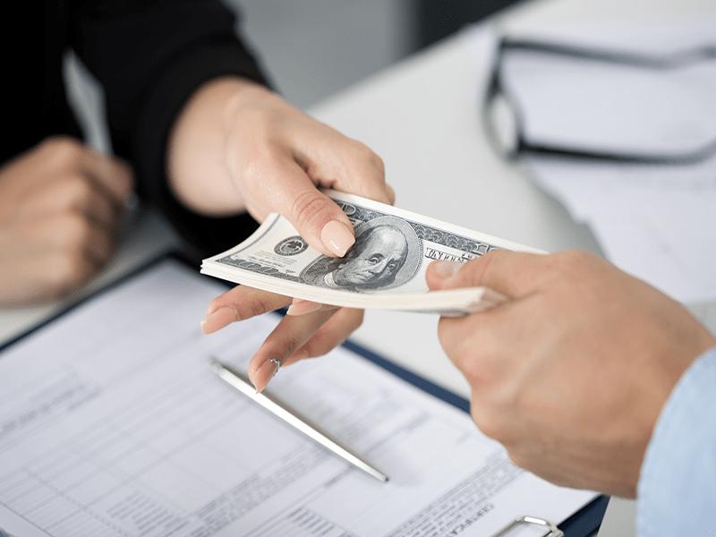 Lựa chọn một công ty vay tiêu dùng tại Hà Nội hay ngân hàng có uy tín sẽ giúp đảm bảo quyền lợi vay tín dụng của bạn