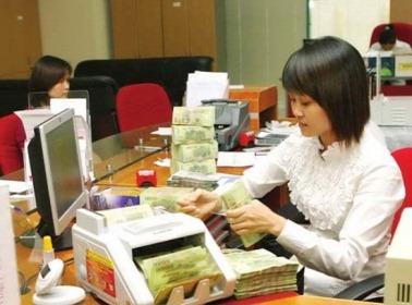 Ngân hàng đẩy mạnh cho vay vốn cuối năm